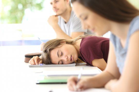 Kurang tidur pada remaja berujung Perilaku Berisiko