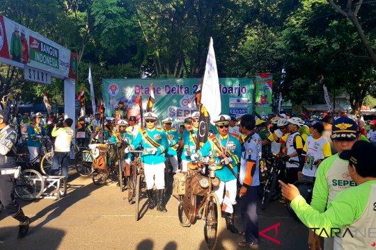 "Tentara Repoeblik Onthel ""serbu"" Sepeda Nusantara Sidoarjo"