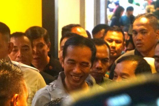 Jokowi sambangi Paskal Hyper Square Bandung