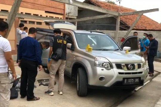 Polisi temukan mobil korban pembunuhan satu keluarga