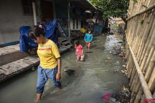 Kelurahan Kapuk Jakbar tergenang akibat hujan