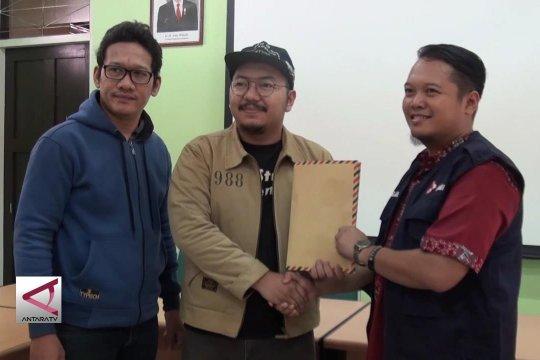 Admin medsos se-Kalteng donasikan korban gempa lewat PMI