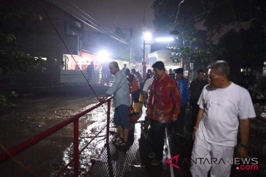 Anies inspeksi persiapan musim hujan di Cipinang Melayu