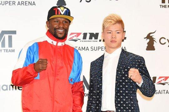 Mayweather  tidak masalahkan aturan saat hadapi juara kickboxing Jepang