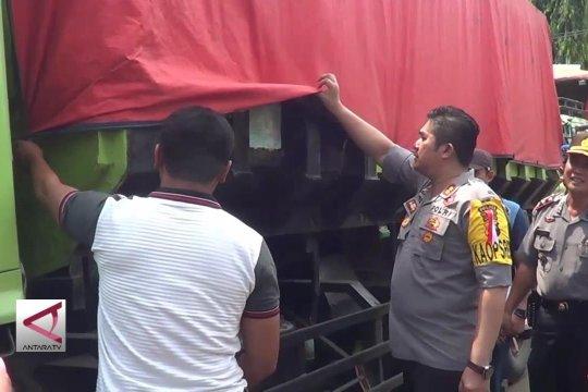 Polres Pekalongan amankan 7 truk batubara ilegal