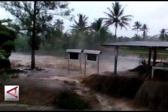 Puluhan rumah di Banyuwangi diterjang banjir