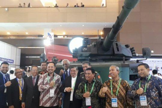 Menhan Malaysia tertarik dengan Medium Tank Pindad
