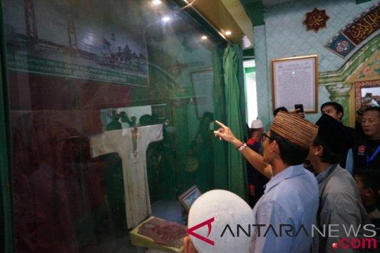 Sandiaga kagum potensi wisata religi Mesjid Kyai Marogan