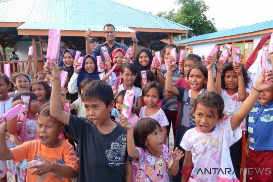 Eskrim yang membawa keceriaan anak-anak Palu