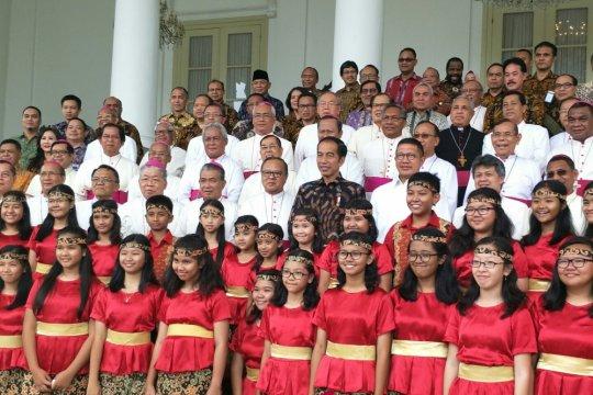 Presiden bersilaturahmi dengan pemenang Pesparani 2018