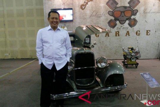 Kunjungi IMX 2018, Bambang Soesatyo kepincut mobil modifikasi ini