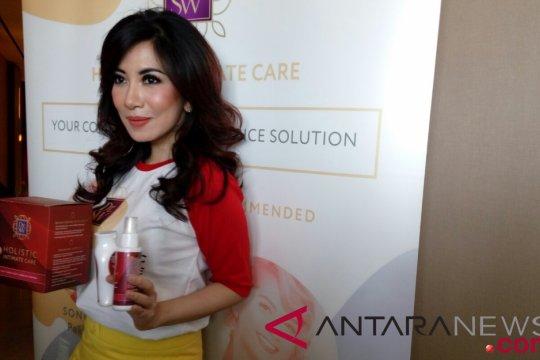 Sonia Wibisono luncurkan produk perawatan organ intim kewanitaan