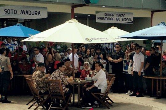 Jokowi nikmati kuliner di tempat istirahat Tol Sragen-Ngawi