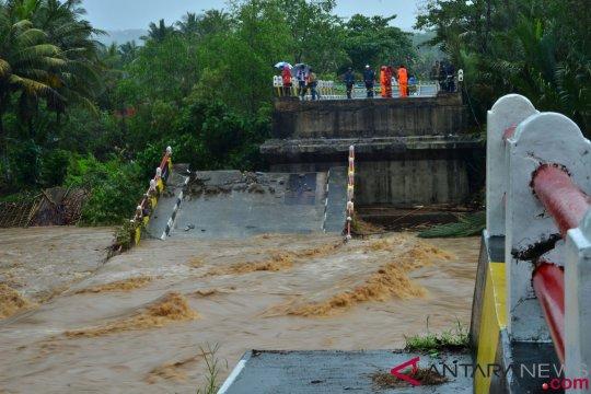 Korban hanyut banjir Tasikmalaya terus dicari