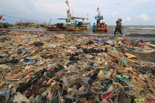 Laut Indonesia Darurat Sampah