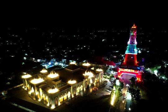 Menara Pakaya magnet baru wisata malam Gorontalo