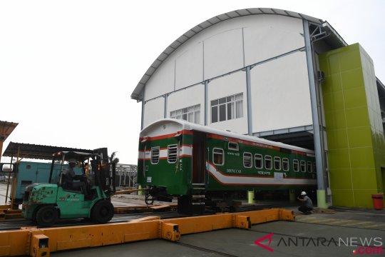 Malaysia tertarik AC kereta buatan INKA