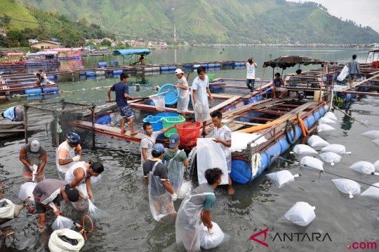Akademisi sarankan pencemar Danau Toba diajukan ke pengadilan