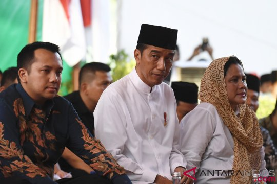 Jubir TKN: Jokowi harus klarifikasi isu negatif