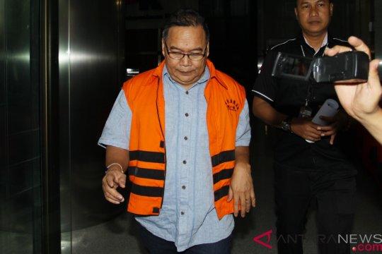 KPK panggil tiga saksi suap DPRD Kalteng