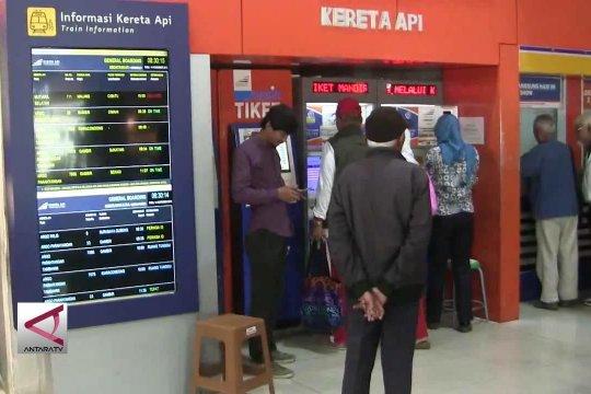 40% Tiket kereta api di Stasiun Bandung terjual