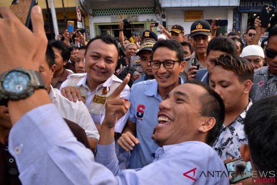 Sandiaga kukuhkan tim relawan Prabowo-Sandi untuk Maluku Utara