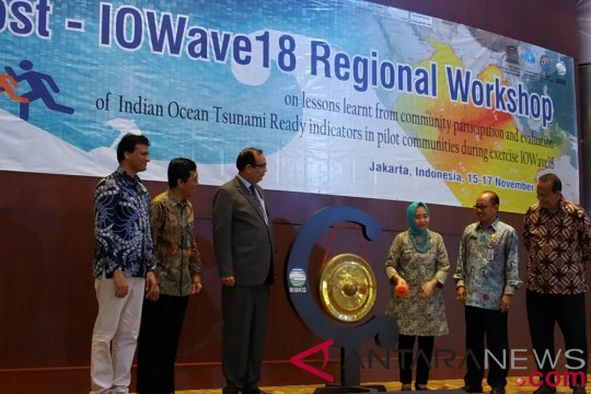Sistem peringatan dini tsunami tidak cukup tanpa kesiapsiagaan