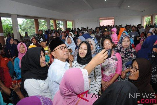 Zulkifli Hasan serukan masyarakat hadapi tahun politik dengan damai