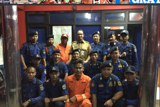 Anies Baswedan inspeksi Dinas Pemadam Kebakaran Jakarta Selatan