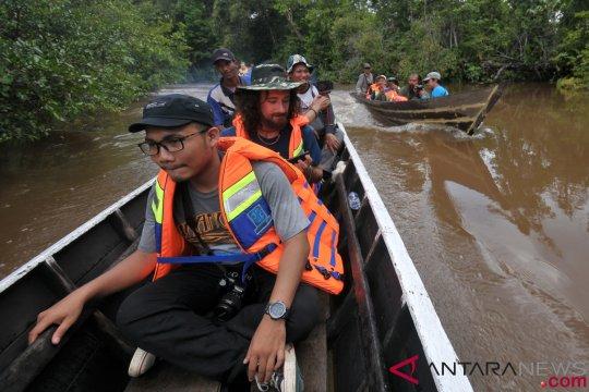 Wisata Susur Sungai Taman Nasional Berbak Sembilang Jambi