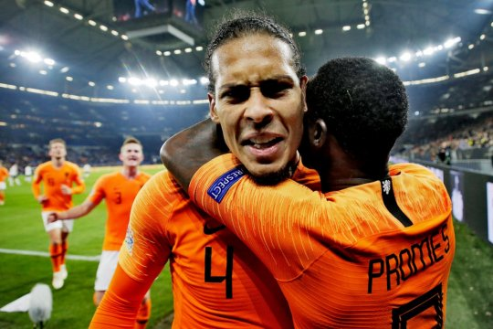 Gol-gol telat amankan tiket Belanda ke putaran final Nations League