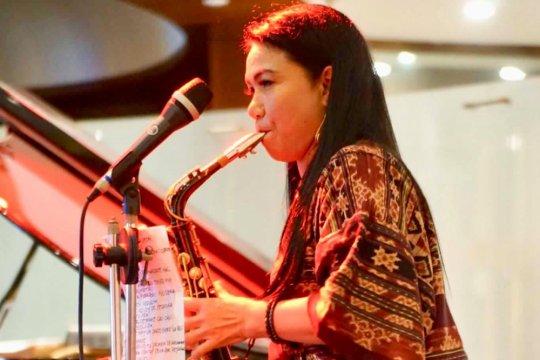 Yuyun George kolaborasi musik dengan musisi Ekuador