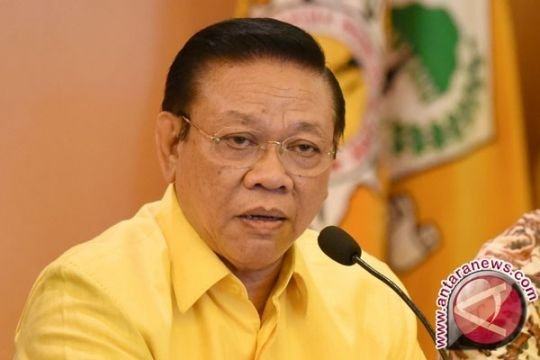 Agung Laksono: Penurunan suara Golkar tidak disebabkan rangkap jabatan