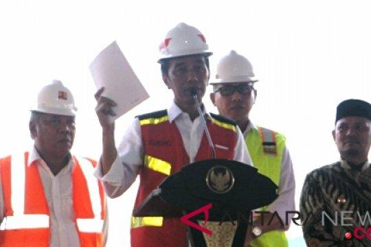 Presiden katakan Tol Lampung-Aceh tersambung 2024