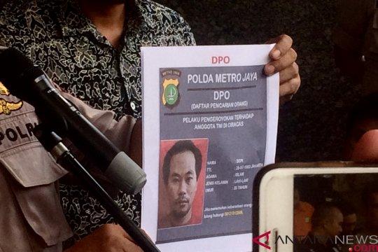 Polisi minta tiga DPO pengeroyokan TNI serahkan diri