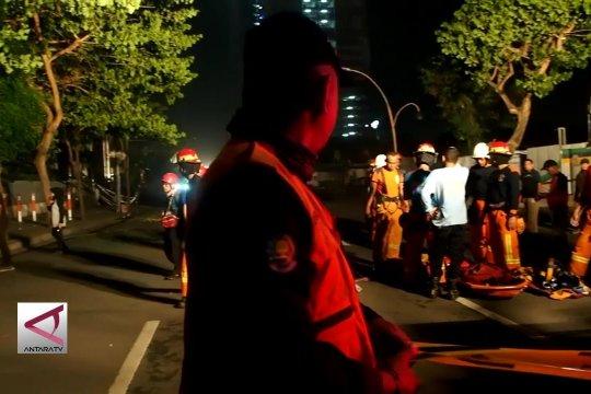 Jalan Gubeng ambles, polisi periksa PT Nusa Konstruksi Enjiniring