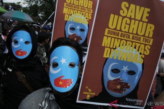 Warga Aceh gelar aksi bela muslim Uighur