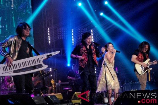 Kemarin, konser KLa Project hingga akun Indonesia terame di Twitter 2018