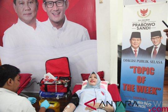 Donor darah digelar Rumah Aspirasi Prabowo-Sandi di Surakarta