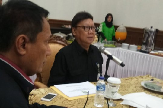 Mendagri koordinasi penanganan bencana dengan Gubernur Banten