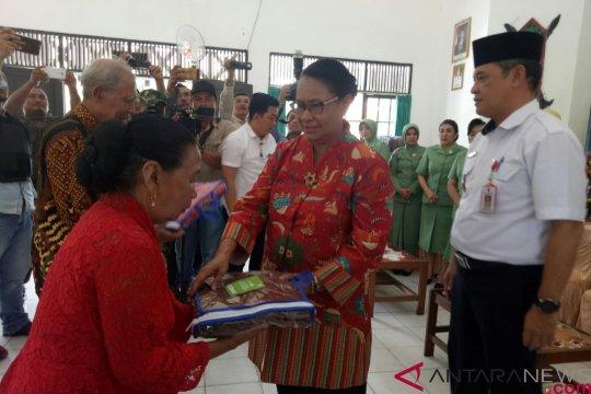 Menteri PPPA beri motivasi kepada lansia