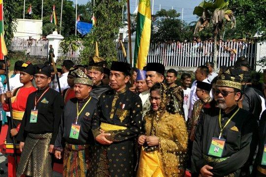 Presiden Jokowi terima gelar Datuk Seri Setia Negara