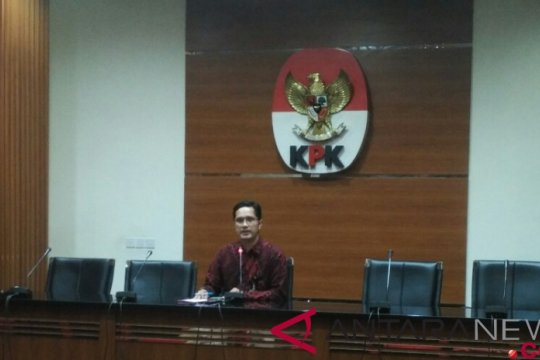 KPK tetapkan Bupati Mojokerto nonaktif tersangka TPPU