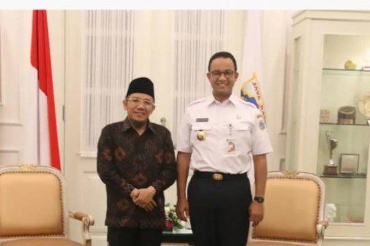 Anies serahkan bantuan Rp33,6 miliar untuk Lombok