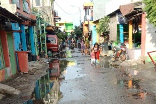 Rob Kamal Muara Jakarta Utara surut