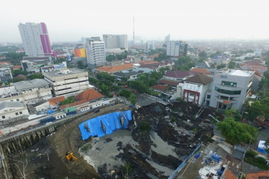 Tiga pihak berpotensi jadi tersangka amblesnya Jalan Raya Gubeng