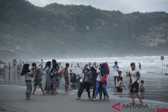 Polres Bantul amankan kawasan wisata ramai wisatawan saat Lebaran