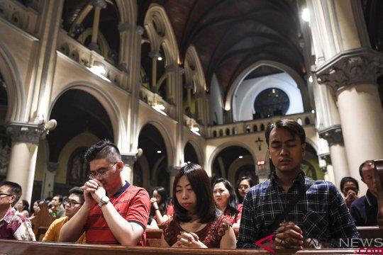 Misa Malam Natal Gereja Katedral Jakarta