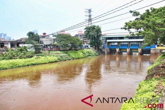 Anies tegaskan normalisasi harus terus dilakukan untuk mengentaskan banjir