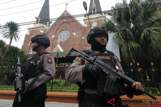 Pemkot Surabaya terjunkan 2.700 personel amankan Natal-Tahun Baru